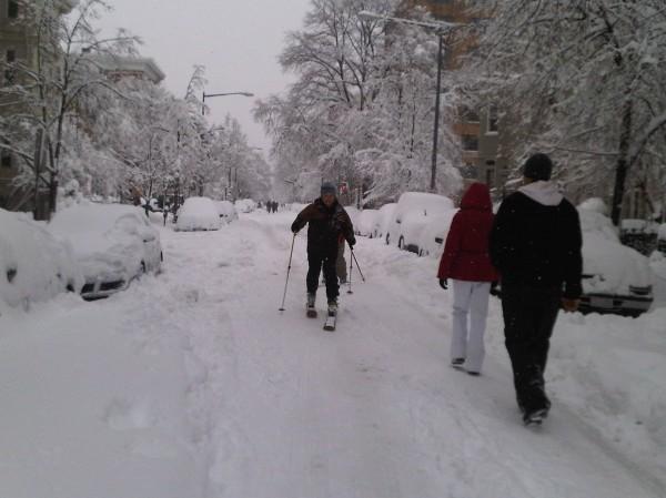 Skis on streets
