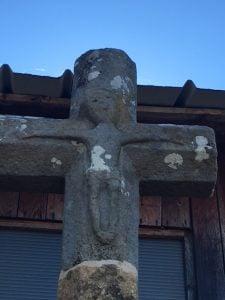 lesley-crucifix