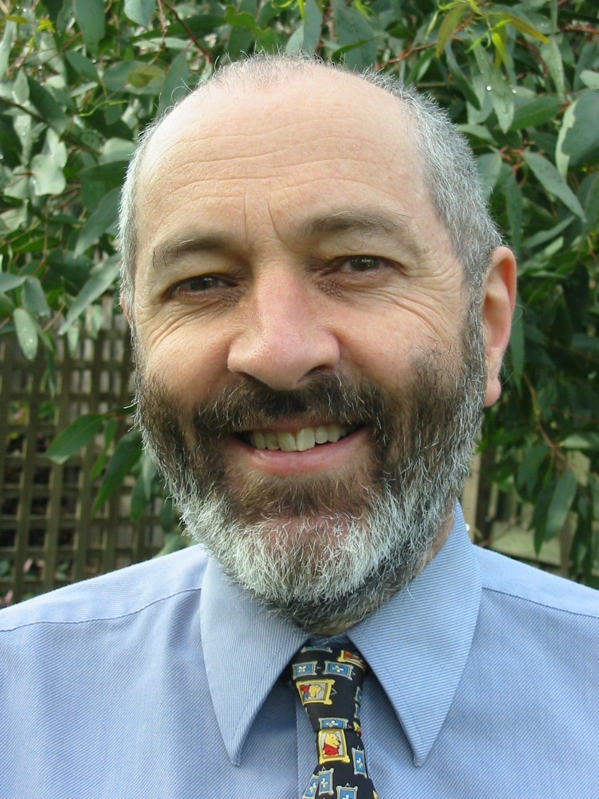 Dr Tim Woodruff