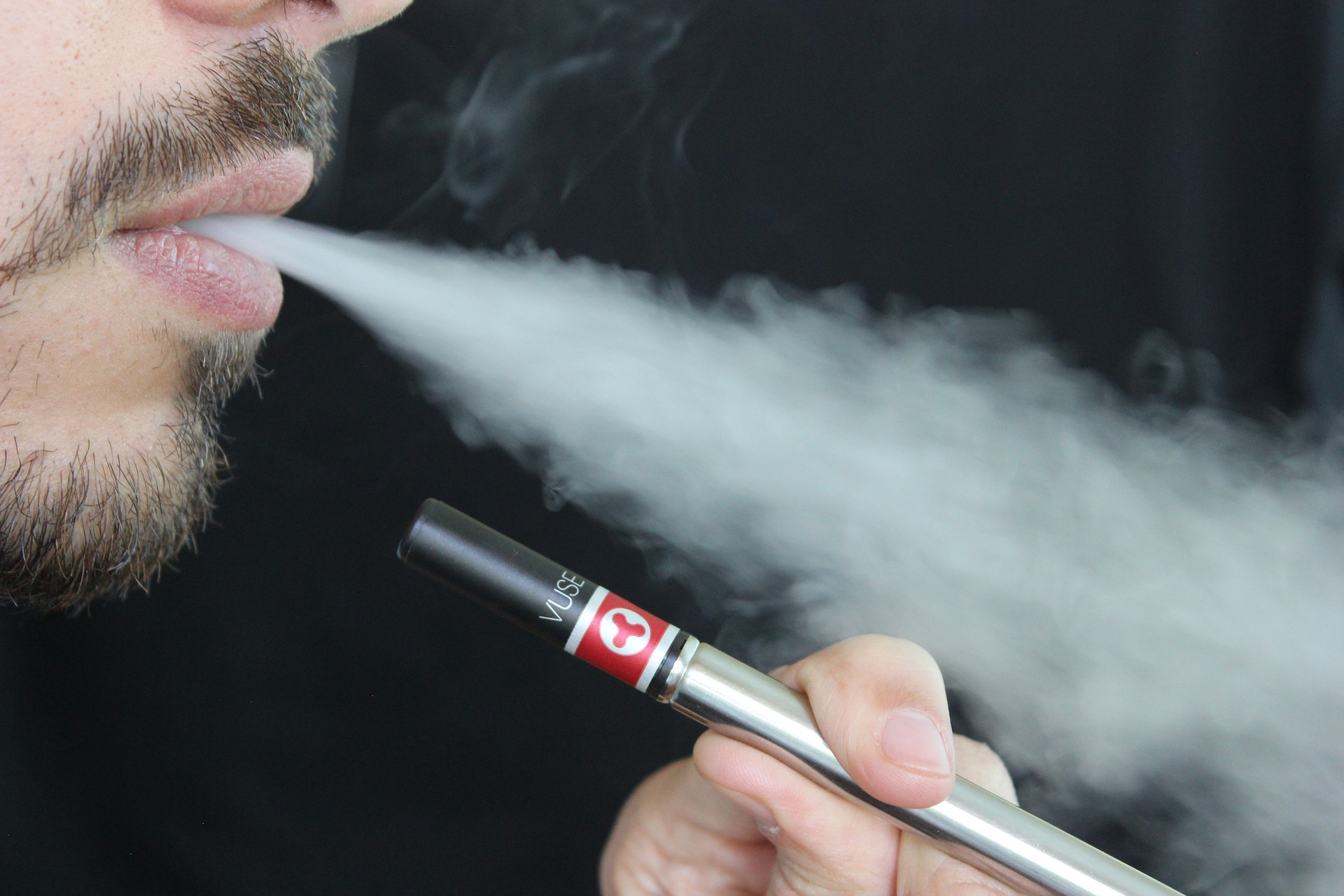 Australian health and medical authorities speak out on vaping risks