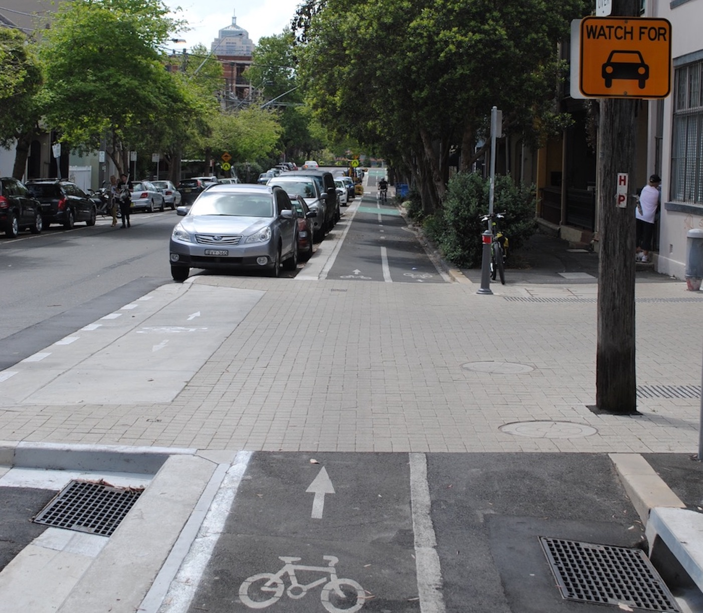 Calling for an end to unhealthy transport policies that put cars first